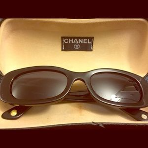 Authentic Vintage Chanel Sunglasses, black
